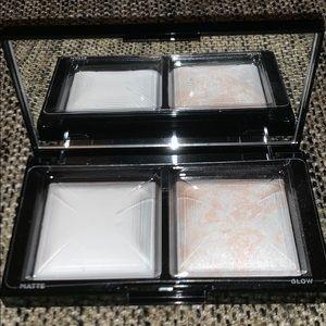 Bare Minerals Translucent Light Powder Duo NWT